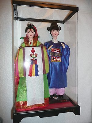 2 Beautiful Fully Dressed Collectable Dolls From Seoul Korea In Plastic Case