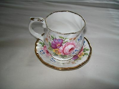 Queen's mug / cup and saucer bone china