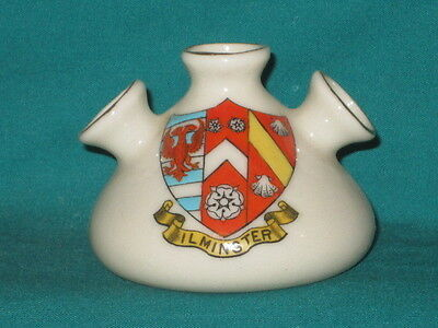 Arcadian China Egyptian Vase - ILMINSTER [Somerset] crest