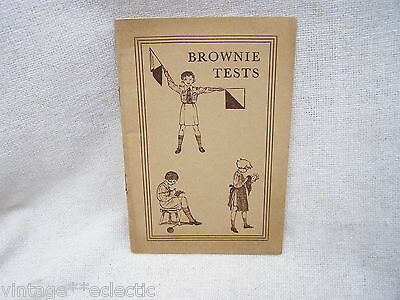 BROWNIE TESTS by V. RHYS DAVIDS ~ HINTS BROWN OWL GOLDEN BAR HANDS ~ 1940s?