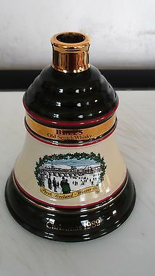 Wade Bells Scotch Whisky Christmas Decanter 1989 Edition Wade Bell
