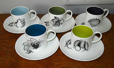 Vintage Susie Cooper Black Fruit Coffee Cups and Saucers x 5