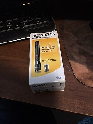 Accu-chek Softclix Lancing Device Diabetic Kit Aid New Sealed + Free 25 Lancets