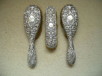 SUPERB TOP QUALITY 1894/5 BIRMINGHAM VICTORIAN ORNATE SOLID SILVER BRUSH SET x3