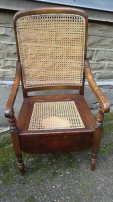 Bergere chair/commode