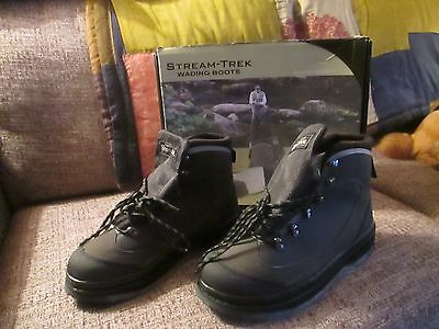 Snowbee Stream-Trek Wading Boots Size 9 with Extra Rubber Sole with Studs