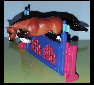 Breyer Mini Whinnie JUMPING THOROUGHBRED & JUMP of Breyer Meadows set 720004