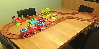 ELC Happyland Country Train Set With Extended Track