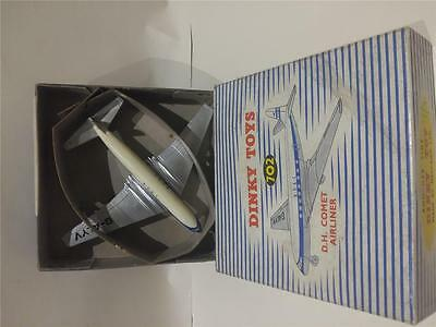 DINKY no. 702 DH COMET AIRLINER 'BOAC'