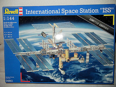 Revell Limited Edition International Space Station ISS Model Kit 1/144