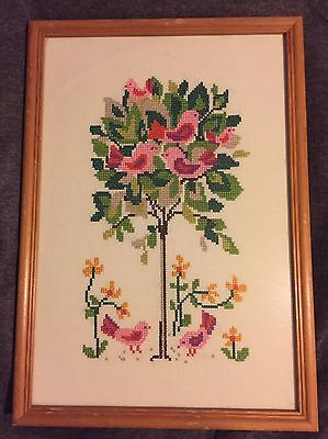 Vintage Tapestry Tree Bird Floral Framed Picture Fab Condition⭐️