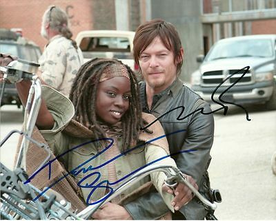 THE WALKING DEAD CAST    is a  8 BY 10 INCH AUTOGRAPHED PICTURE WITH A COA