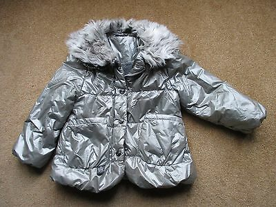 Girls Winter Coat - Size 3 / 4 Years - Good Condition