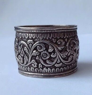 Unmarked Antique 800 Grade Solid Silver Napkin Ring Maybe Indian silver.