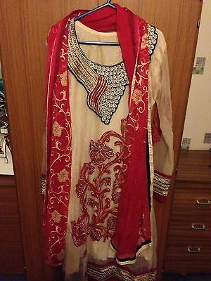 Ladies Asian Red & Cream Lace Material Size Medium Salwar Kameez With Dupatta