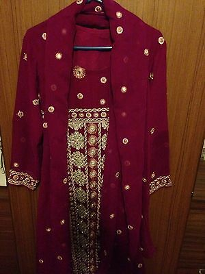 Ladies Asian Passion Pink Size Medium Georgette Salwar Kameez & Dupatta