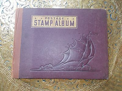 Classic Album - A Whitman U.S.A. Album from 1935 ( no stamps ) in good condition
