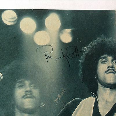 Phil Lynott (Thin Lizzy) signed autograph On Magazine Page