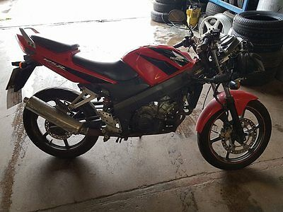 2008 Honda Cbr 125 Rw-7 Red - Fuel Injection - Streetfighter - Pit Bike -Project