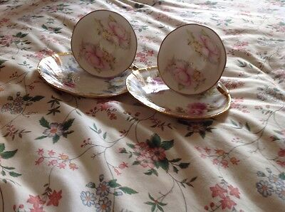 Pair Of Vintage Lovely Queens Crownford Cup & Saucer Duos English Charm Pattern,
