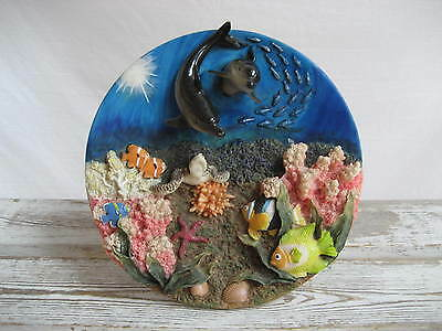 3-D Plate Wall or Stand Under Water Scene Resin Suanti Bright Vivid Colors
