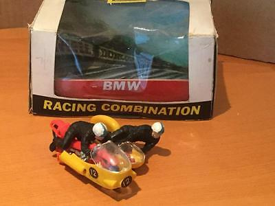 Britains Toys 9699 BMW Racing Combination Motorcycle Sidecar 1/32 scale VNMIB