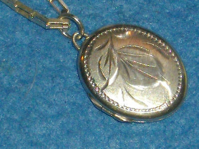 A nice vintage 1970's Sterling Silver Locket and Chain - fully Hallmarked.