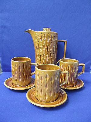 Eastgate England Hornsea Pottery Retro Coffee Pot Cups and Saucers Diamond