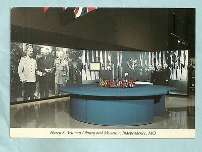 Un Table, Harry S Truman Library, Chrome, Unposted, Indpendence, Missouri