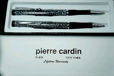 Pierre Cardin Deluxe  Pen and Mechanical Pencil Set Gift Box