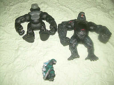 Mixed Lot of assorted Micro Machine Toys with others for parts