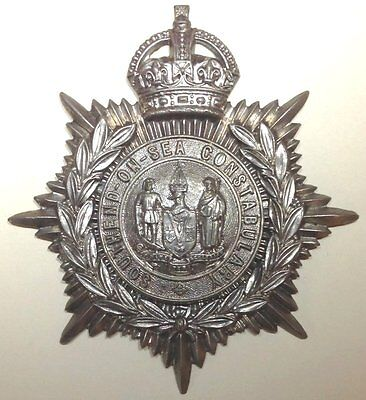 Southend-on-Sea Constabulary Kings Crown white metal helmet plate