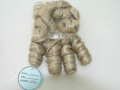 """Doll Wigs  Size 9"""" Light Blonde With Curls New"""
