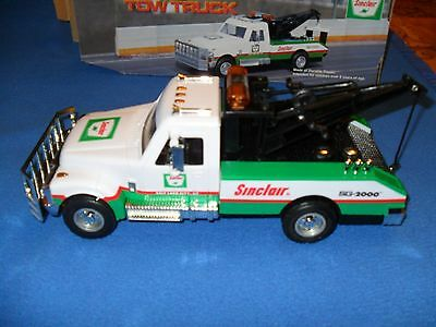 1998 Sinclair Collectible Tow Truck 3Rd In A Series,serialized