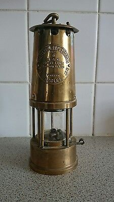 Vintage 1972 Brass Miners Safety Lamp The Protector Type 6 Eccles No 28
