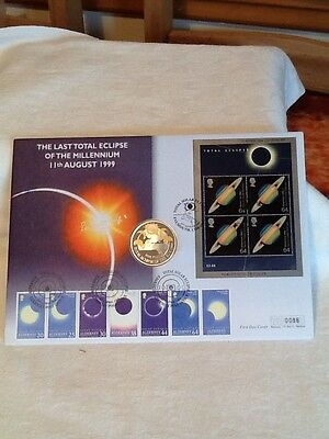 1999 Coin Cover The last Total Eclipse of the Millennium £5 Coin Mercury cover