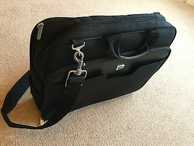 """HP Padded Laptop Case Bag, With shoulder strap for laptops up to 17"""""""