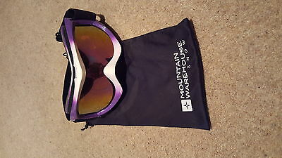 skiing goggles brand new with bag purple and white