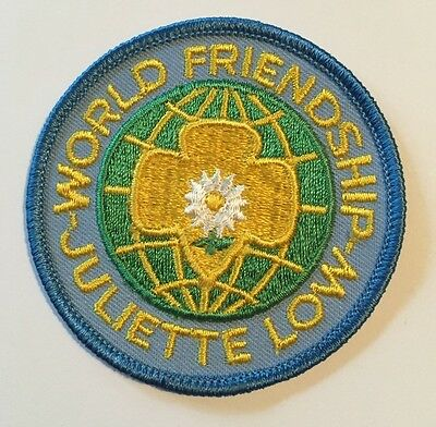 "New Girl Scouts WORLD FRIENDSHIP-JULIET LOW Uniform Insignia 3"" Patch"