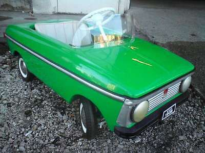1989 Fully Restored MOSKVITCH Child Kid Green Metal Pedal Car USSR Soviet Russia