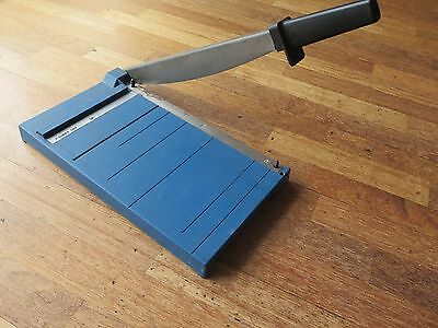 Dahle 403 Paper Cutter / Trimmer / Guillotine