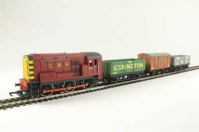 Hornby R3488 Diesel Freight Train Pack With LMS Class 08 Loco - aust Warranty
