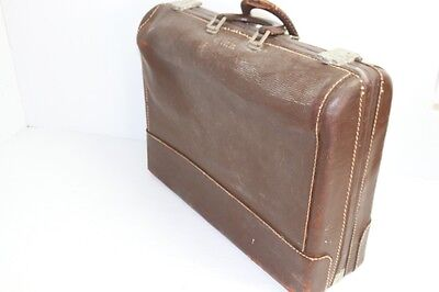 Vintage Little Colonel Wheary Suitcase GWB President George W. Bush 50's