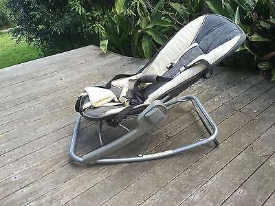 Maclaren Baby bouncer. Baby rocker