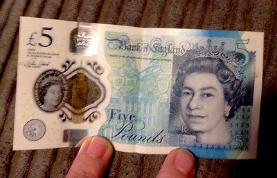 AA08 Polymer £5 Note