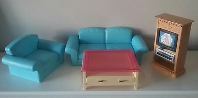 Barbie Living Room Set Sofa Chair Coffee Table Tv Changes Channels