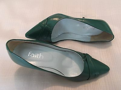 Vintage 1980's  Green low stiletto shoes by Faith ~ size 3