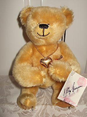 Cute Hermann Limited Edition 11/2000 Mohair Bear, Heart Necklace, Signed By Herm
