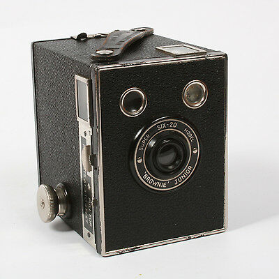 Vintage Kodak Brownie Junior Super Six-20 Box Camera