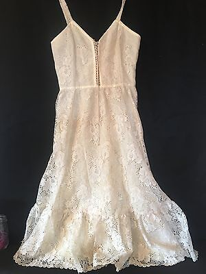 Beautiful Vintage 1970s Gunne  Sax By Jessica Dress Ivory Lace Boho